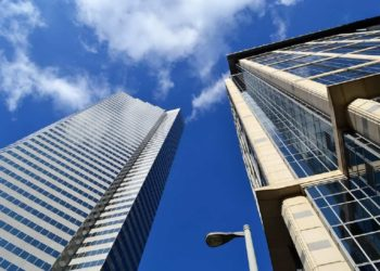 LONDON'S COMMERCIAL INVESTMENT MARKET